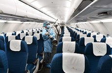 Vietnam Airlines disinfects its aircrafts to prevent COVID-19