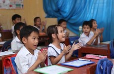 Learning English from early years: Vietnamese have good capability