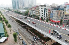 Admiring the largest flyover in Hanoi which has just opened to traffic