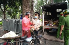 Hanoi fines people without face masks in public
