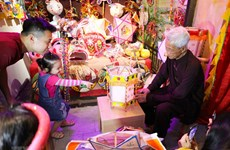 Impressed with traditional toy products in Mid-Autumn Festival 2020