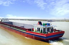Fees on Vietnam-Cambodia waterway route down over 10 times