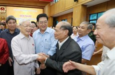Party, State leader meets with Hanoi voters
