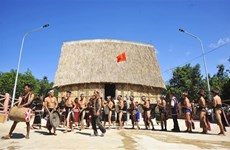 Bahnar ritual of new Rong house inauguration reenacted