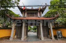 Visiting over 600-year old Tao Sach pagoda in Hanoi