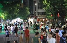 Pedestrian streets around Hoan Kiem lake reopen
