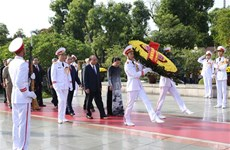 Party, State leaders pay tribute to war heroes, martyrs