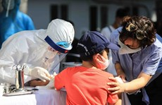 Hanoi conducts rapid mass Covid-19 test for people returning from Da Nang