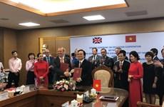 Vietnam, UK enhance educational cooperation