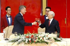 Party, State leader hosts banquet in honour of Argentina President