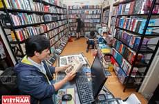"""Bookworm"" in Hanoi"