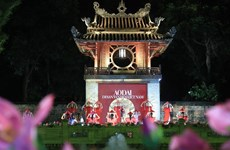 Ao Dai performance promotes Vietnam cultural heritage