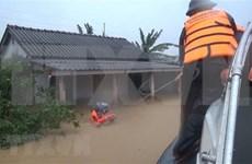 Border guards assist Quang Tri flood victims