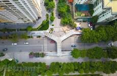 A close look at unique Y-shaped pedestrian bridge in Hanoi