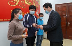 Foreign students in Vietnam get support to have a happy Tet