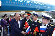 Prime Minister Phuc begins official visit to Russia