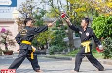 Takhado – Vietnamese martial arts with rake as a weapon