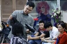 Deaf hairdresser inspires PwD community