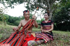 Unique group date of Ta Oi ethnic people