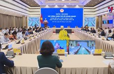 Prime Minister holds dialogue with enterprises