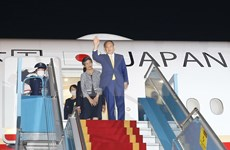 Japanese PM arrives in Vietnam for official visit