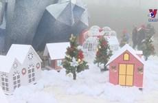 Visitors flock to Sapa to enjoy snowy Christmas