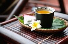 Tet customs: Tea culture brings family members closer together