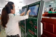 Vietnam intensifies non-cash payment for public services