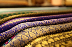 Festival features traditional silk weaving in Hanoi