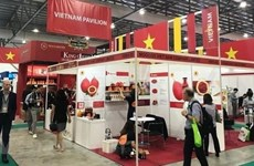 Vietnam attends int'l coffee, tea expo in Singapore