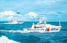 Naval soldiers in the fight against smugglers
