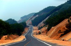 Highway in central Vietnam to open to traffic