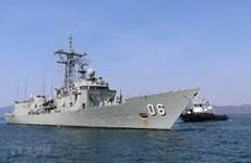 Australian royal naval ships make port call in Khanh Hoa