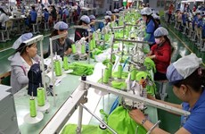 Vietnamese firms move to foster apparel exports to Canada