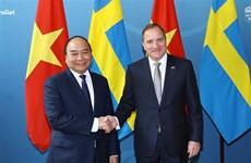 Vietnamese, Swedish PMs hold talks
