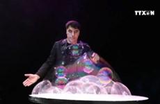 Bubble artist Fan Yang returns to Vietnam