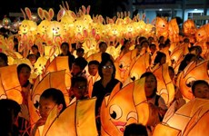 Mid-autumn lantern procession in Phan Thiet