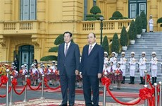 PM welcomes Cambodian counterpart Hun Sen