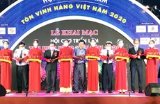 Trade fair honors Vietnamese goods