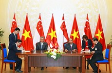 ASEAN's investment contributes significantlly to Vietnam's economic development