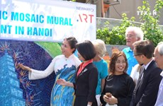 Ceramic mosaic mural promotes friendship