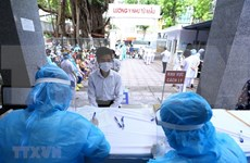 Hanoi takes samples of Da Nang's returnees for SARS COV-2 testing