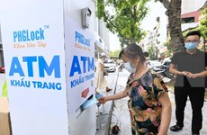 First face mask ATM introduced in Hanoi