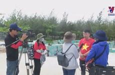 Journalists help bridge mainland and Truong Sa archipelago