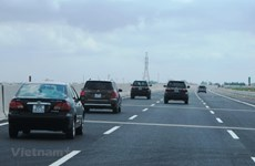Vietnam speeds up construction of North-South Expressway