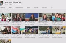 Teacher translates Trinh Cong Son's songs into English
