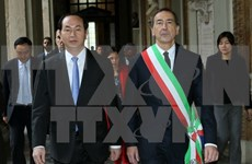 President meets Italy's Milan city, Lombardy region's leaders