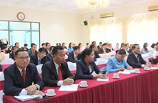 VFF organises training course for Lao front officials