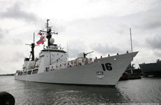 Philippine naval ship visits Cam Ranh port