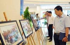 Photos on Truong Sa exhibited in Thai Nguyen